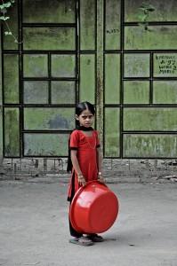 Bangladeshas-vaikas gatveje-2