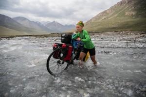 Dviraciais-per-Kirgizija