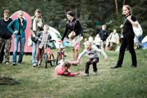 festivalis mėnuo juodaragis sutraukia gausybę šeimų